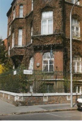 Eesti esimene sõjajärgne saatkond Budapestis. Foto: Eesti saatkond Budapestis arhiiv