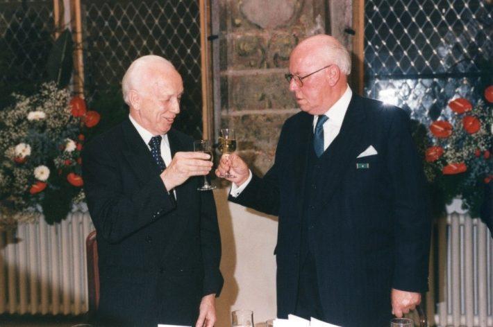 President Ferenc Mádl ja president Lennart Meri Mustpeade majas. Foto: Eesti välisministeeriumi arhiiv
