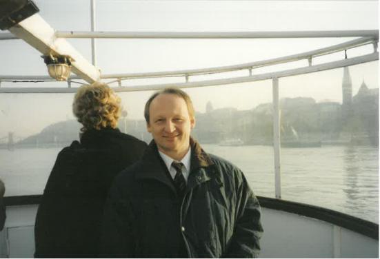 Toivo Tasa egy dunai hajón. Kép: a Budapesti Észt Nagykövetség levéltára